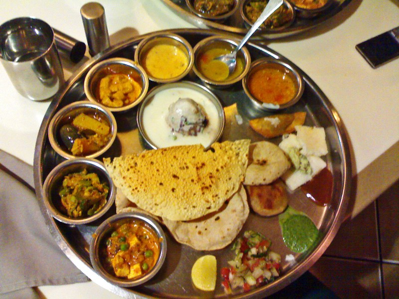 Vegetable_thalis