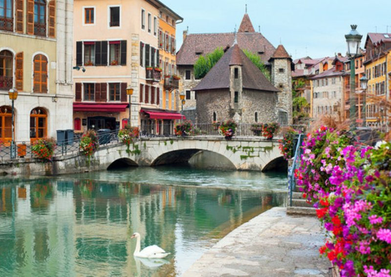 france-french-alps-annecy