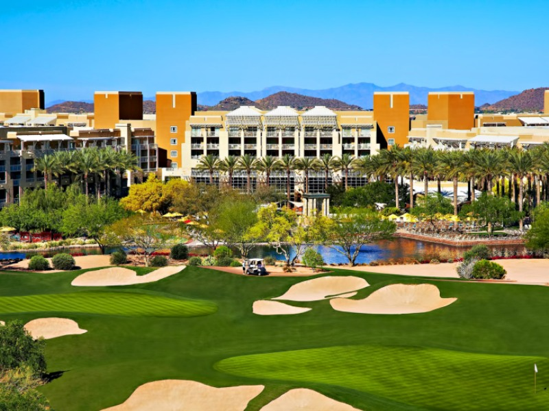 001-golf-gaming-relaxation-3-luxurious-arizona-resorts-valley-of-the-sun